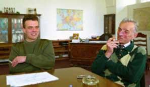 Potomci Rudolfa hraběte Czernina: zprava Theobald (*1936) aTomáš.
