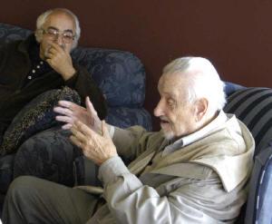Petr Adler přirozhovoru slegendárním skladatelem, klavíristou akapelníkem Jiřím Traxlerem, který letos oslaví už své 95. narozeniny.