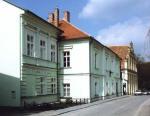 Rodný dům Františka Kupky, kde vsoučasnosti bydlí Kristina Colloredo-Mansfeld. Foto převzato zpublikace Pocta Františku Kupkovi.