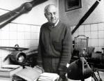 Eduard Hrubeš:   Štěpán Polák ve své dílně