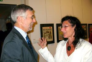 Tjeckiens ambassador Jan Kára med Jana Witthed.